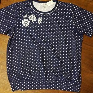 👸👕 NWT Polka dotted short sleeved shirt